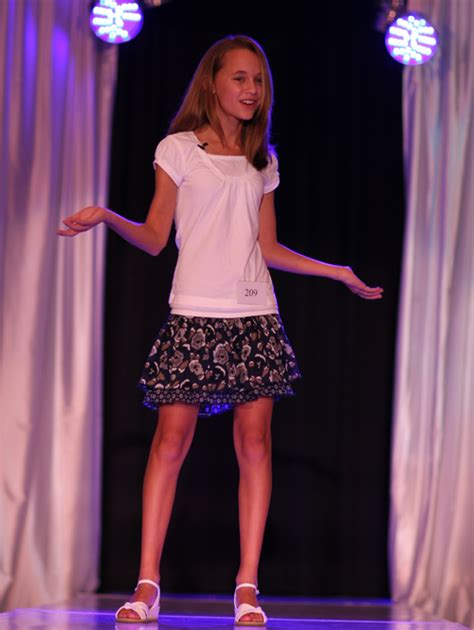 Featured Successes - Discovery Spotlight Model & Talent Expo