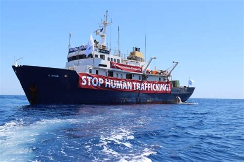 ITF: Right Wing Anti-Immigration Group Dumps Ship's Crew