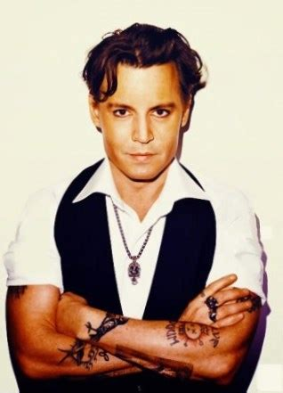 Johnny Depp weight, height and age