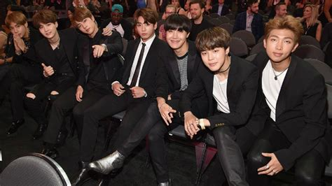 BTS send their thoughts to the Manchester bombing victims