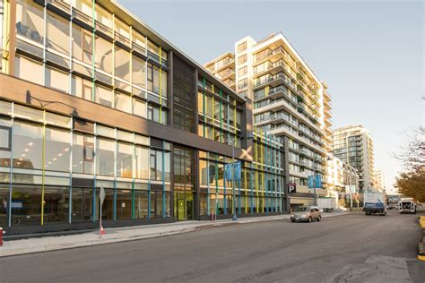 Brand New Luxury Unit,Downtown RMD - Condominiums for Rent