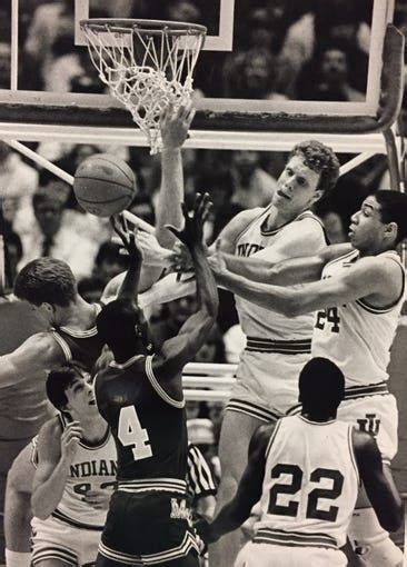 Amazing photos of IU basketball in the 1980s