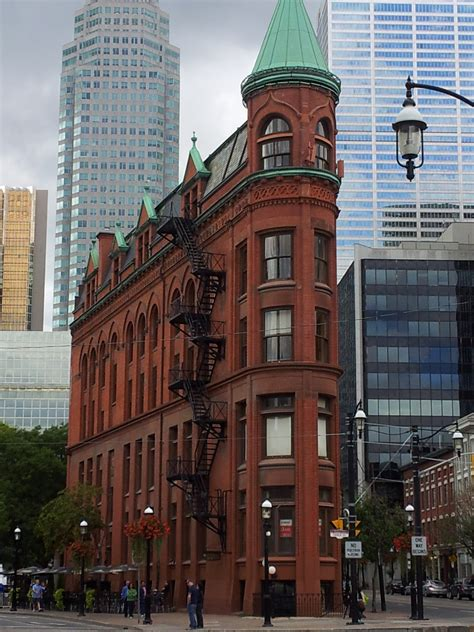 Toronto must-see architecture