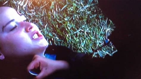 The Hunger Games: Clove's Death - YouTube