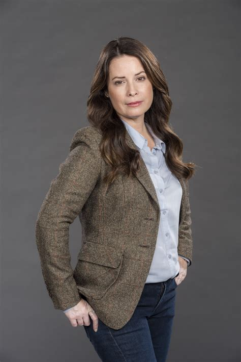 """Holly Marie Combs as Leah on """"Love's Complicated"""